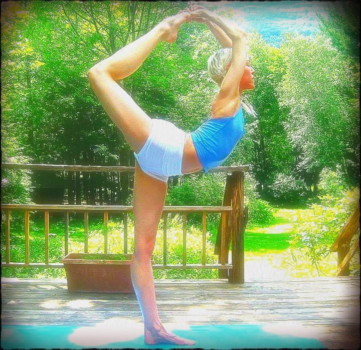 Ana Brett Kundalini   Yoganomics